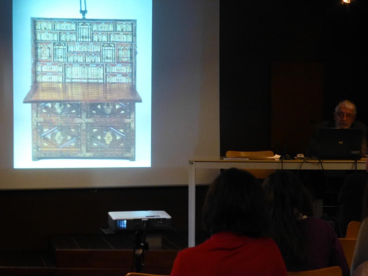 Finaliz el curso la belleza cotidiana historia conservaci n y restauraci n de artes - Muebles juan jose ...